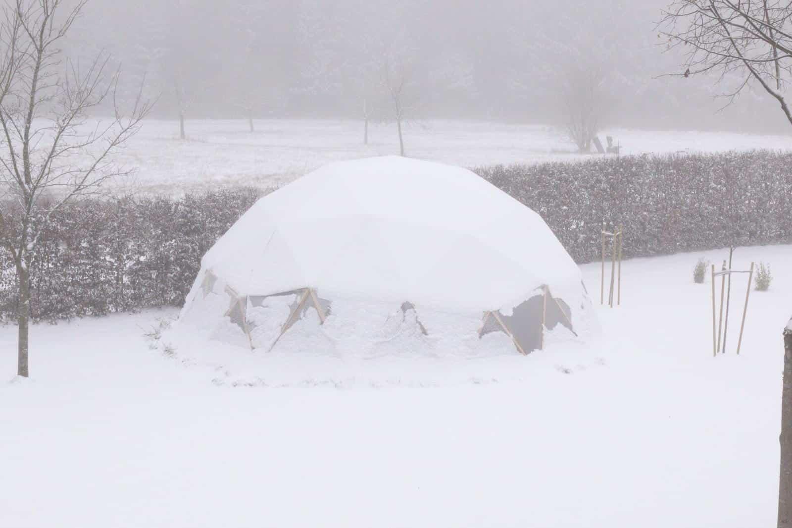 Erfahrungsbericht - FUTURUM DOMES Bausatz Constans (Teil 4) - Greendome im schnee